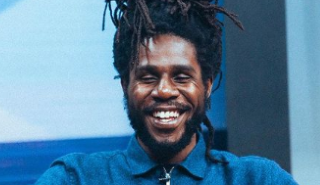"The following visual for the song 'Eternal Love"" is from a livestream performance done by Reggae singer Chronixx on April 5th, 2"