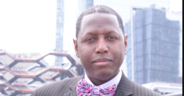 Meet Bennie Randall, the mastermind behind Bshani Radio which has been named as one of Feedspot.com's Top 20 Independent Podcast
