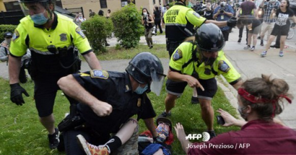 """""""It's this mob mentality,"""" Williams said of the police behavior."""
