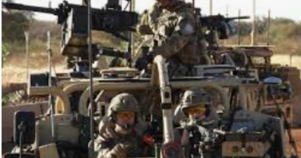 British troops sent to Mali as part of an international force facing an Islamist insurgency have started carrying out missions