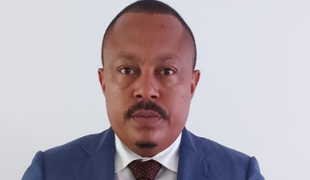 Angolan authorities should not contest the appeal of journalist Carlos Alberto